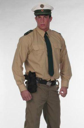 Striptänzer als Polizist